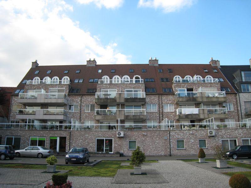 Syndicus en Vastgoedbeheer Norm Waregem: Residentie innentuin-achteraanzicht